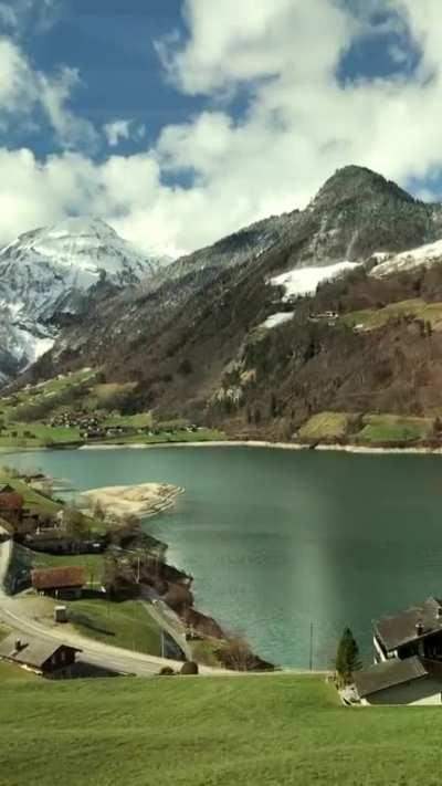 🔥 Lungern, Switzerland. Currently discovering my homecountry by train