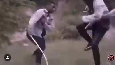 Все высмеивают угандийские фильмы, но видели ли вы это великолепие из Замбии?