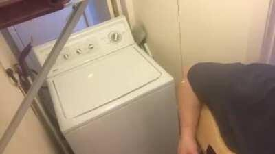 Playing AC/DC Thunderstruck with a broken washing machine!