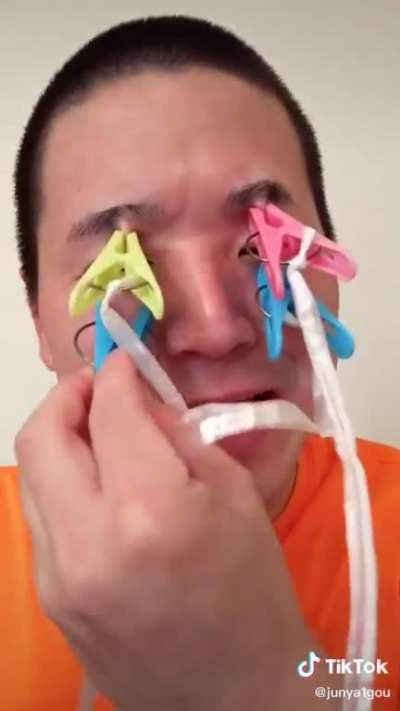 Man hurts his face in pain.