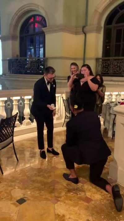 Our buddy knew it all along, he planned to propose simultaneously when his SO does, WOOHOO! CONGRATULATIONS! u/Rework3353