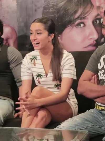 Shraddha Kapoor's thighs are to die for!