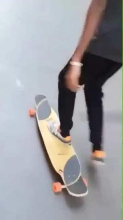 Smooth skater