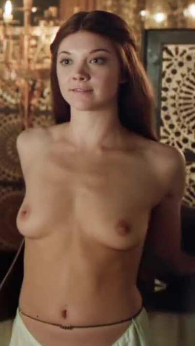 Natalie Dormer disrobing in Game of Thrones (BRIGHTENED, CROPPED FOR MOBILE, 3 MIC)