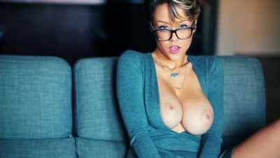 Perfect tits out - Sabrina Nichole