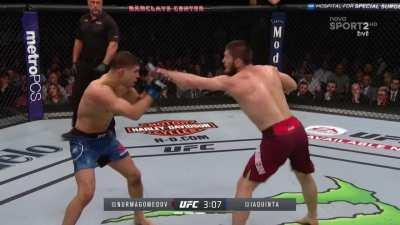 Al Iaquinta the only man to survive 5 rounds with Khabib Nurmagomedov
