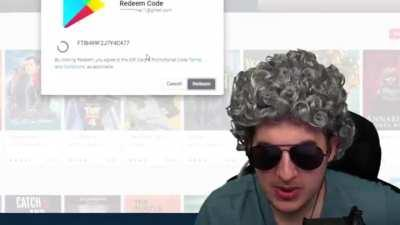 Streamer keeps SCAMMER on phone for hours pretending to be old lady, buys giftcards, then redeems them