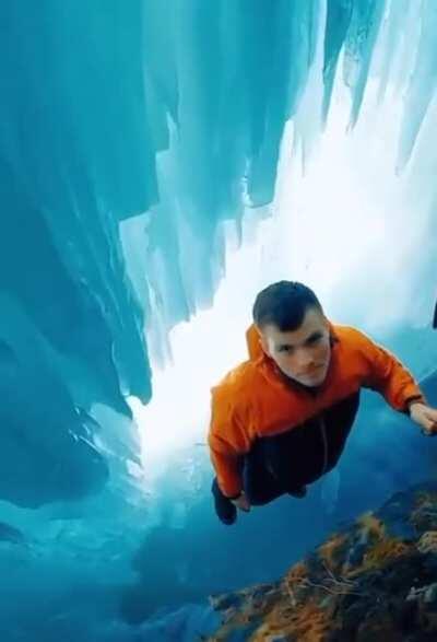 🔥 Inside an ice cave in Eklutna, Alaska 🔥