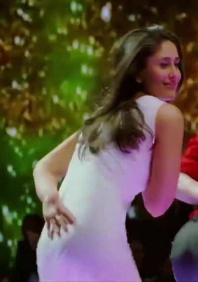 Pumping like crazy to Kareena Kapoor! 🔥💦 (old vid)