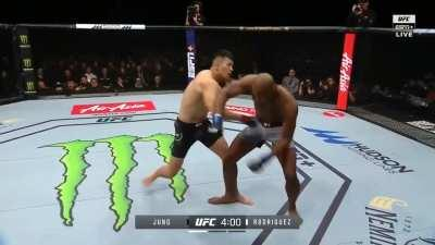 Da Un Jung knocks out Mike Rodriguez with a loud punch. He fights Smilin' Sam Alvey on UFC 254