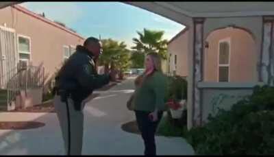 Officer tells Karen off for being racist