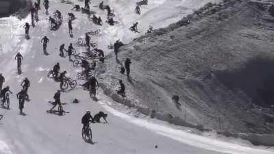WCGW Snow bike racing
