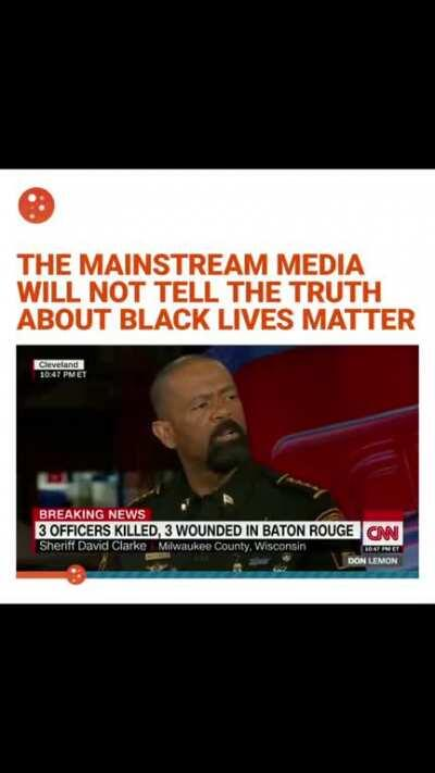 Hilarious how the CNN reporter tries stop the officer's monologue because it doesn't fit his narrative