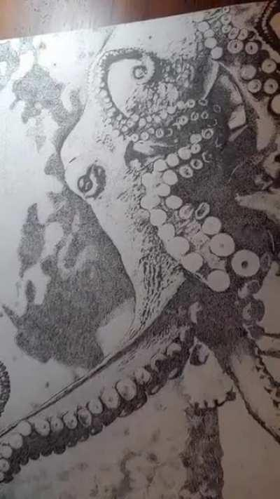 An octopus made only out of dots