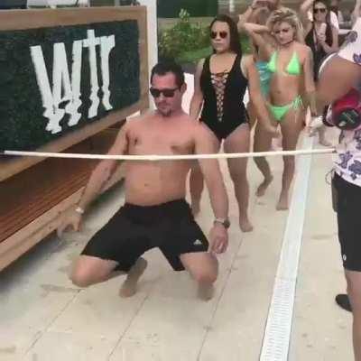 WCGW doin' da limbo dance, mon?