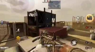What if there was finishing move available in CODM like in CODMW. Just holding down the melee button executes the finishing move.