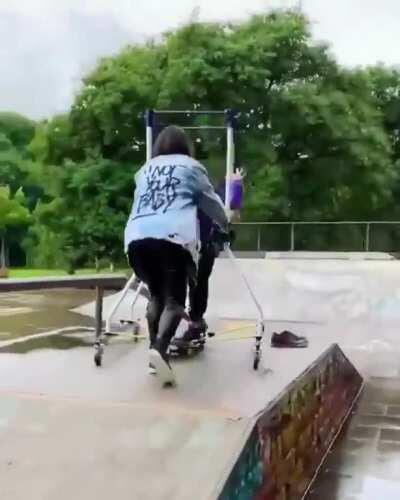 Her son has cerebral palsy, but he's always wanted to skateboard. His mom fashioned this machine for him so he could do exactly that. 💗💗
