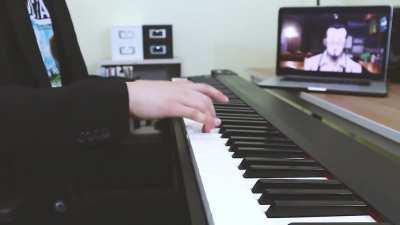 Persona 5 LOFI JAZZ PIANO (Youtube: CHANNY D)