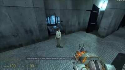 After a long time I've decided I will play hl2 again and this happened