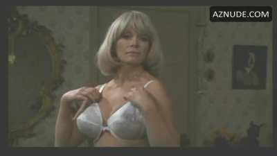Dyanne Thorne in Ilsa, She Wolf Of The S.S.