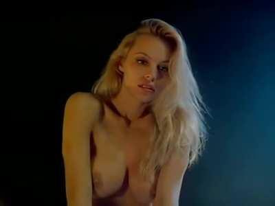 Pamela Anderson in Snapdragon (1993)