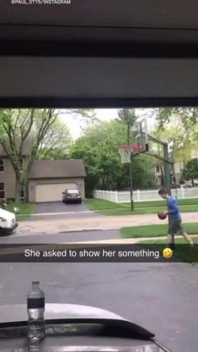 Mail lady hypes up kid