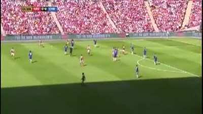 One of my fav Wembley moments: Santi and Mesut running rings around Fabregas