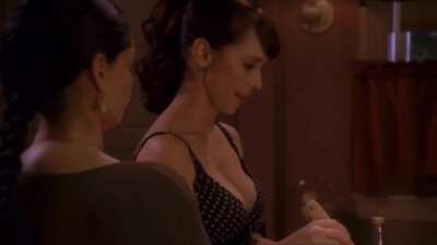 After watching this scene I concluded I am completely fine with JLH cooking for me