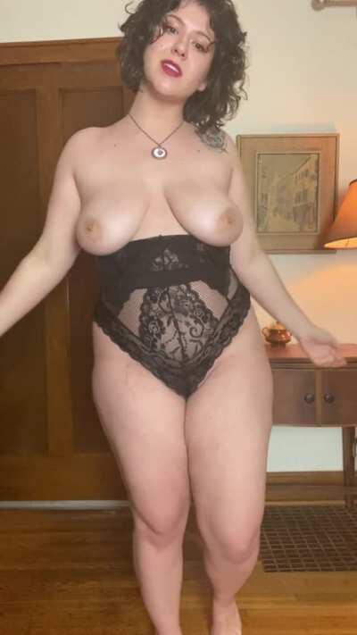 Do you like how my ass jiggles?