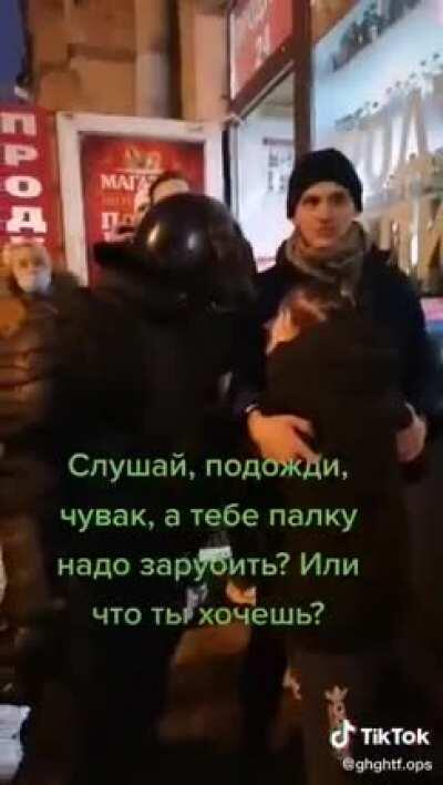 """This Brave Man Stopped Russian Riot Police From Arresting A Woman By Volunteering to take Her Place Instead""""If you're just meeting your quota, take me instead."""""""