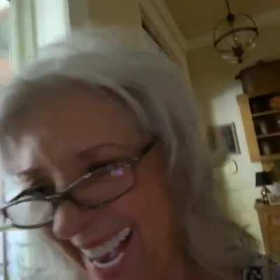 Even Paula Deen knows stonks only go up