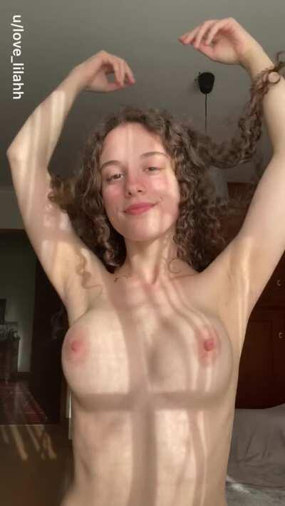Get her free album in the comments