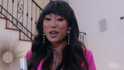 Tgirl Pierce Paris, Venus Lux In Door To Door Sales Whore