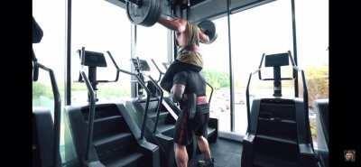 Stairmasters are so difficult. Eddie Hall: