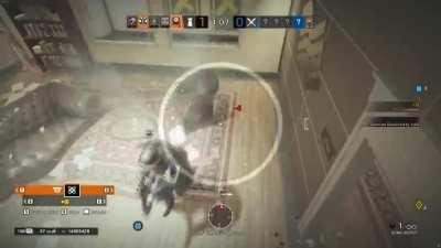 My friend was drunk while playing R6S and I decided to fuck with him