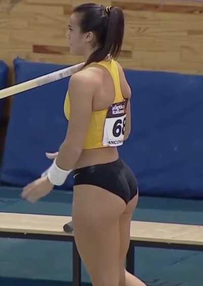 Italian pole vaulter Sonia Malavisi