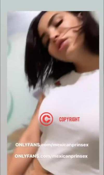 Kim kaoz video sin sensura metiendose un dildo 🍌🍌🍌