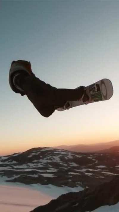 Dope Snowboarding Video from gimbalgod on Instagram