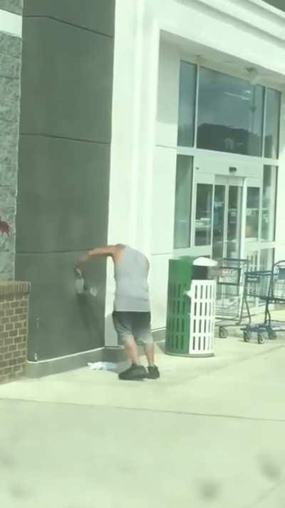 WCGW daydreaming while walking into a store
