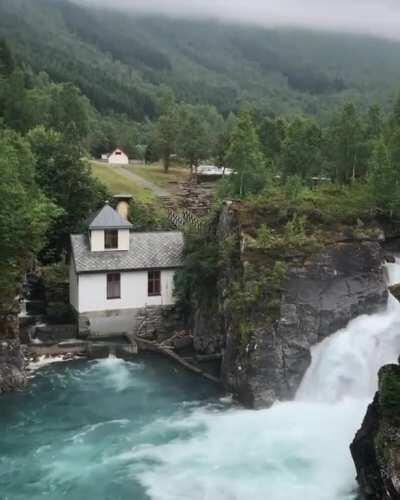 Road side coffee shop from Stryn to Andalsnes. Amazing site. One of a kind