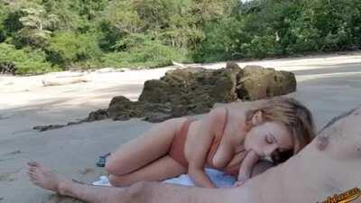 Panama Beach Blowjob