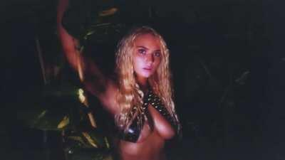 Lucie in the jungle full video