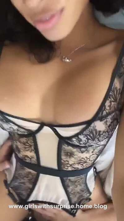 Jasmine Lotus allows a friend to eat her cock and ass (gif)