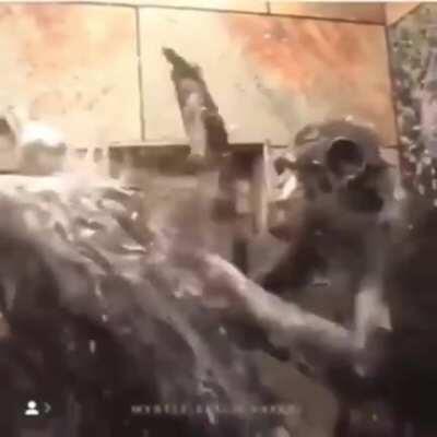 Peruanos bañandose