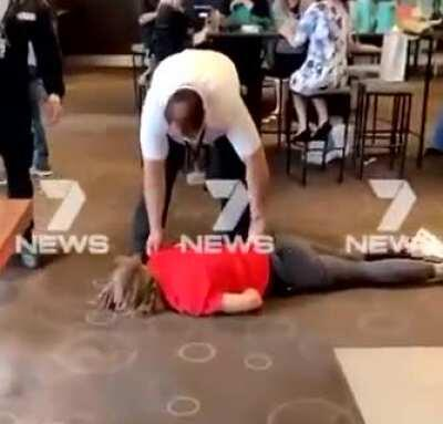 Boy thrown out of a hotel in Australia for not wearing a face mask.