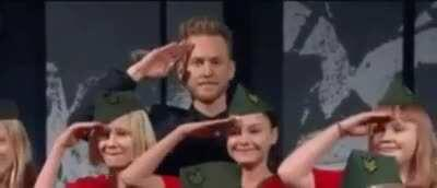 Ohhh, the other salute
