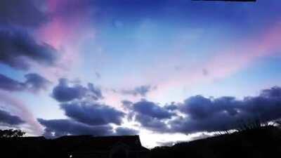 Clouds Crisscrossing the Sky in Boynton Beach, FL [0:44]