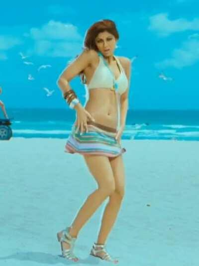Sexy Mom Shilpa Shetty - How will her Son's friends react when they watch this song on TV ?