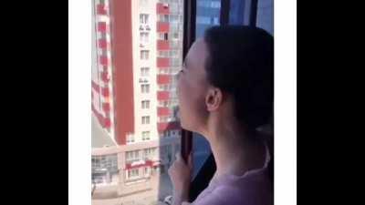 Singing with friend in quarantine