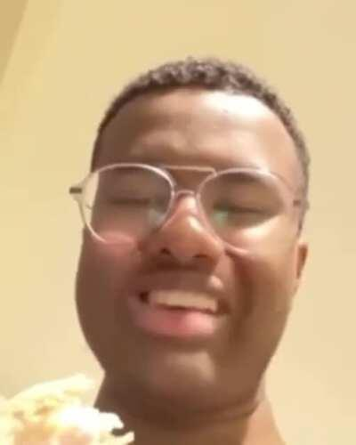 When someone says xqc is the imposter